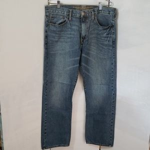 American Eagle mens relaxed denim jeans
